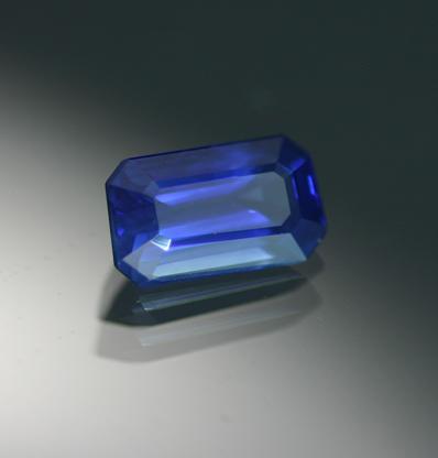 1.90 ct. Blue Sapphire