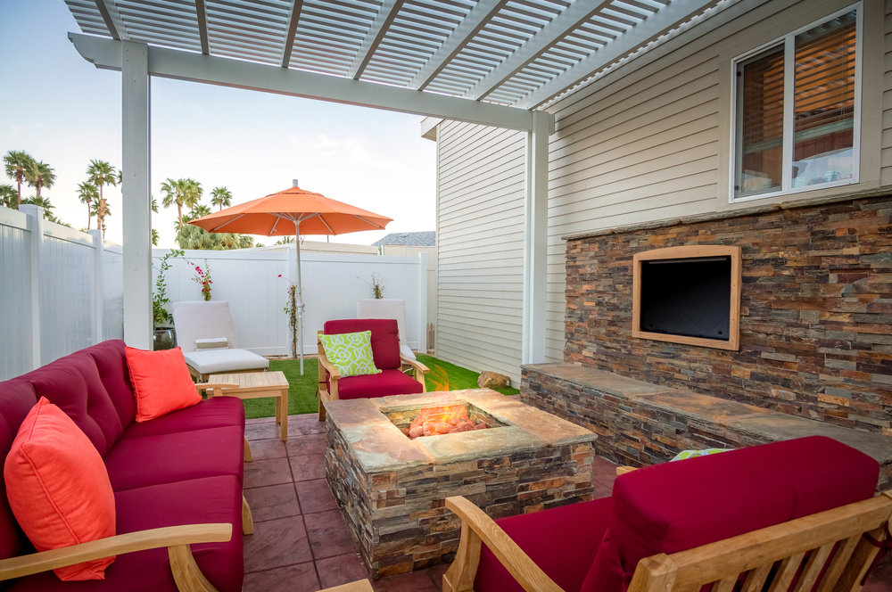 courtyard-patio-furnished-stone-wall.jpg