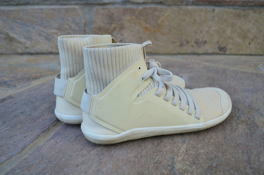 VIVO Barefoot Kanna Hi Mesh sneakers.