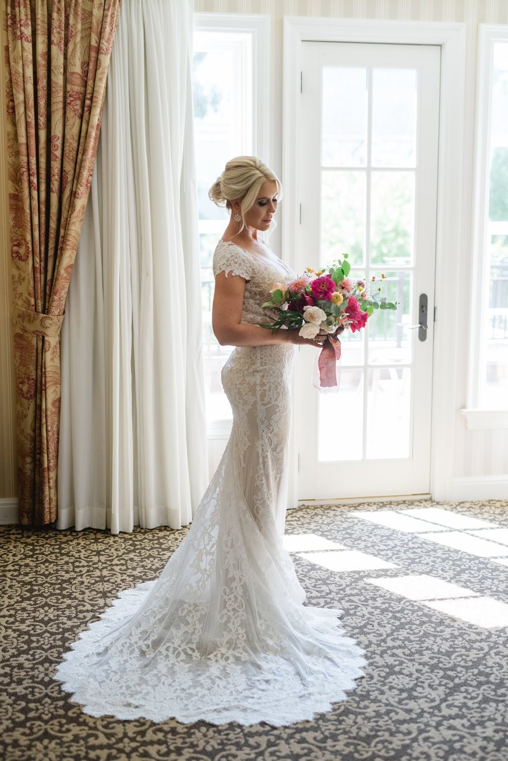Bold & Intimate Detroit Wedding
