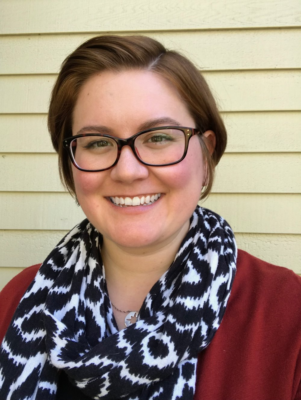 Erin Antenen, LICSW - Therapist specializing in women's cancer care.