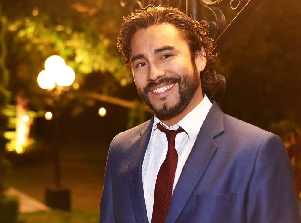 Julian Falconi. Actor. Perú. Cine y tv
