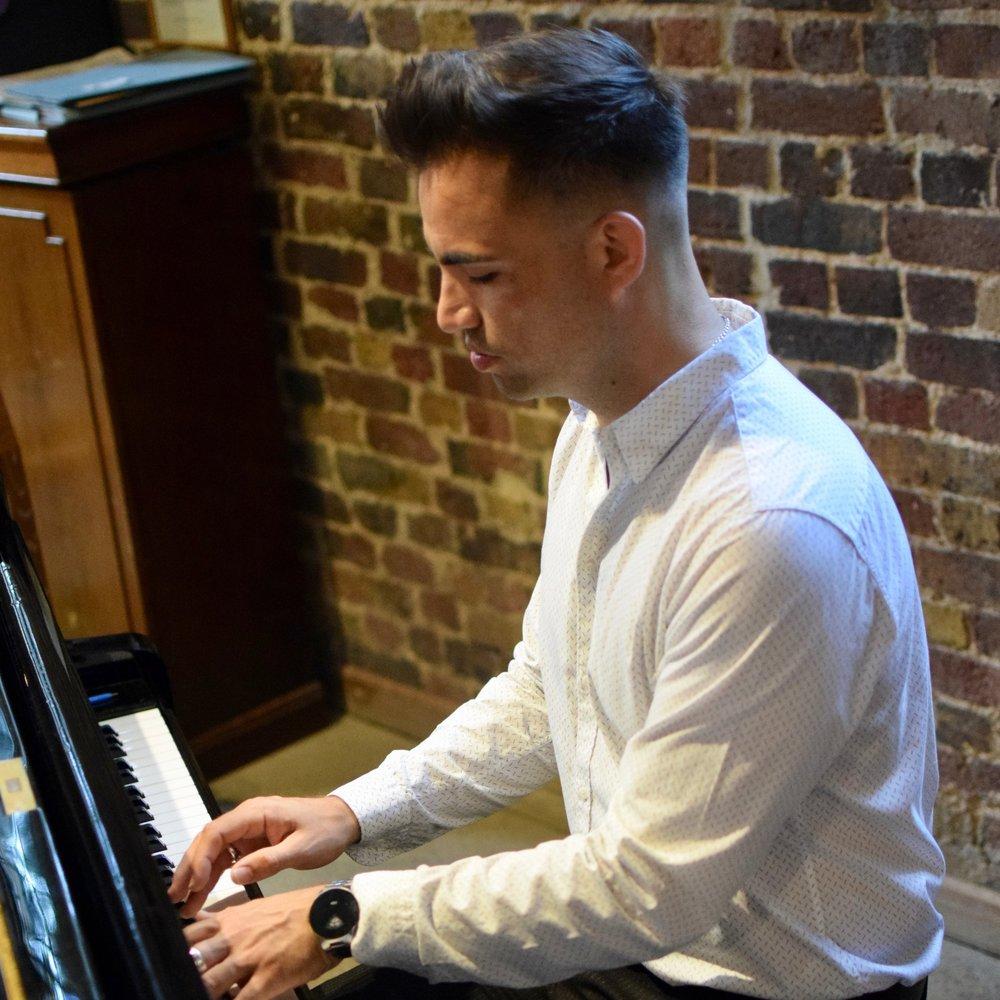 Twickenham piano teacher
