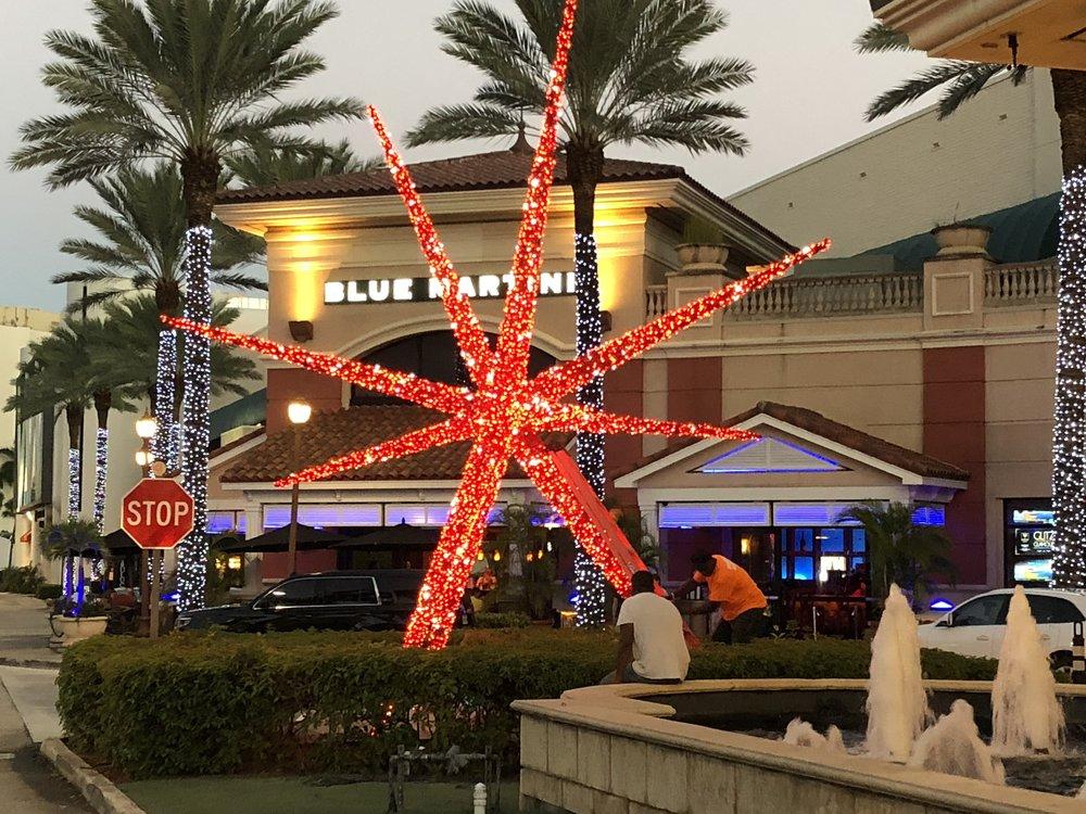 Galleria Mall Sphere 2018.JPG