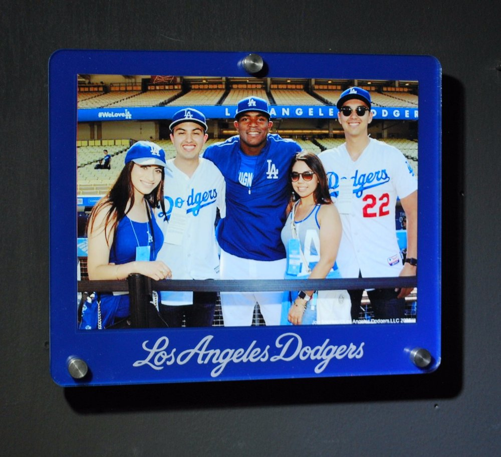 4x6 landscape frame - team colors w/ etched logo below.  Contact us for pricing information.