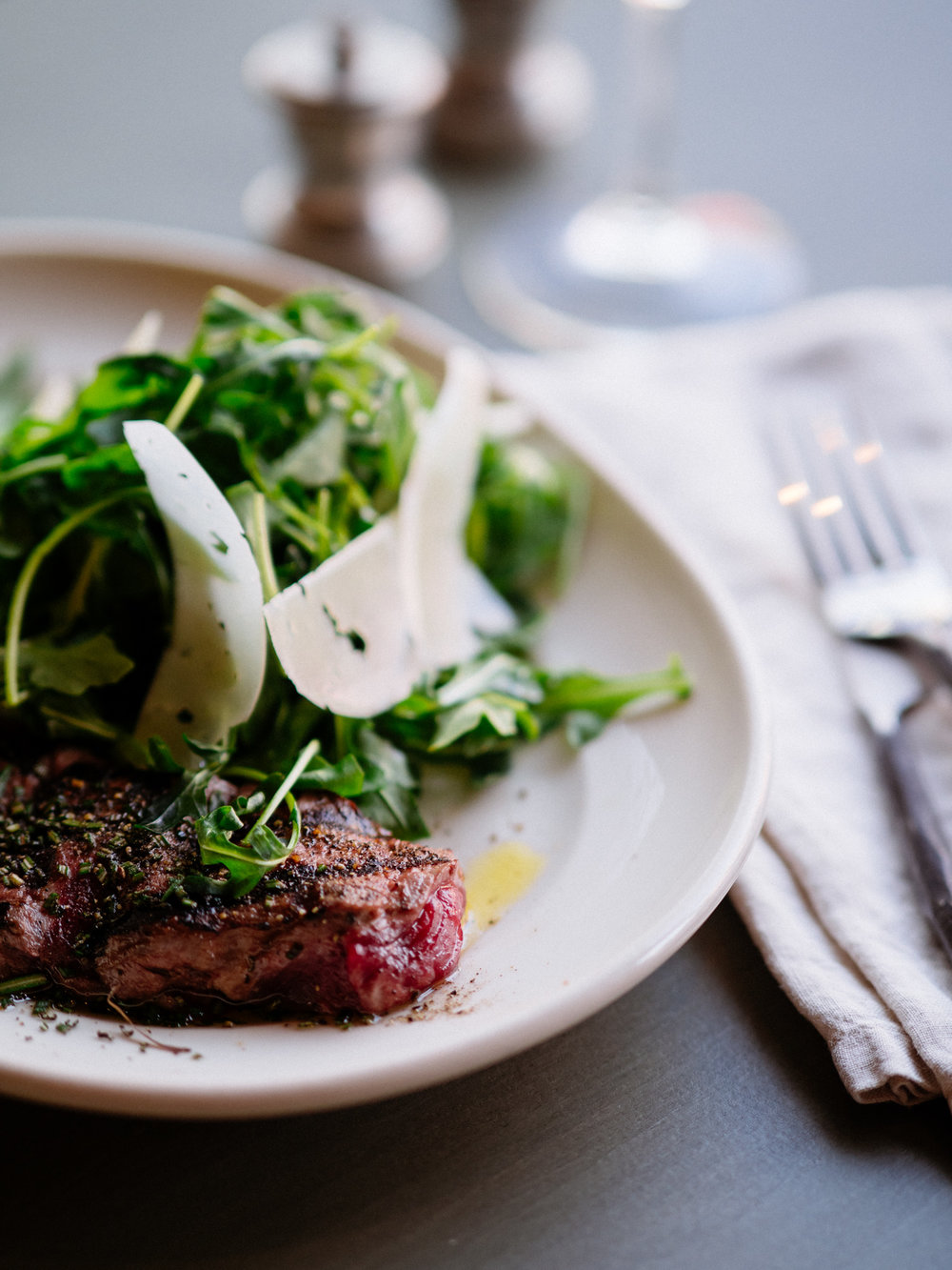 sliced new york strip, arugula