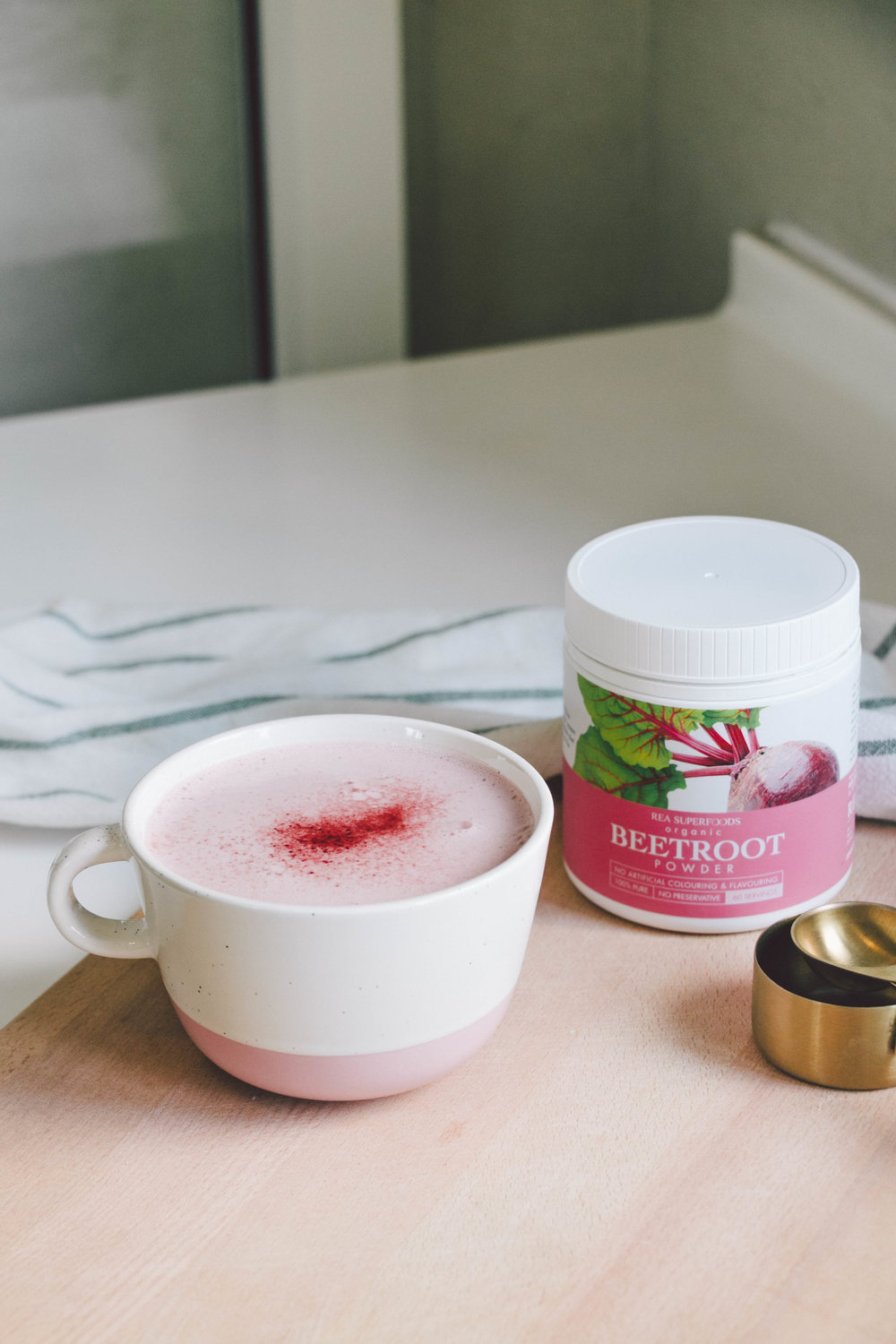 Ingredients - • ½ cup hot water• ½ cup almond milk, slightly warm (or 1 cup of almond milk if you don't want to use water)• 2 tsp REA Superfoods Beetroot powder• ½ tbsp coconut butter• ½ tsp ground ginger• ½ tsp ashwagandha• ¼ tsp cacao powder• Pinch of salt