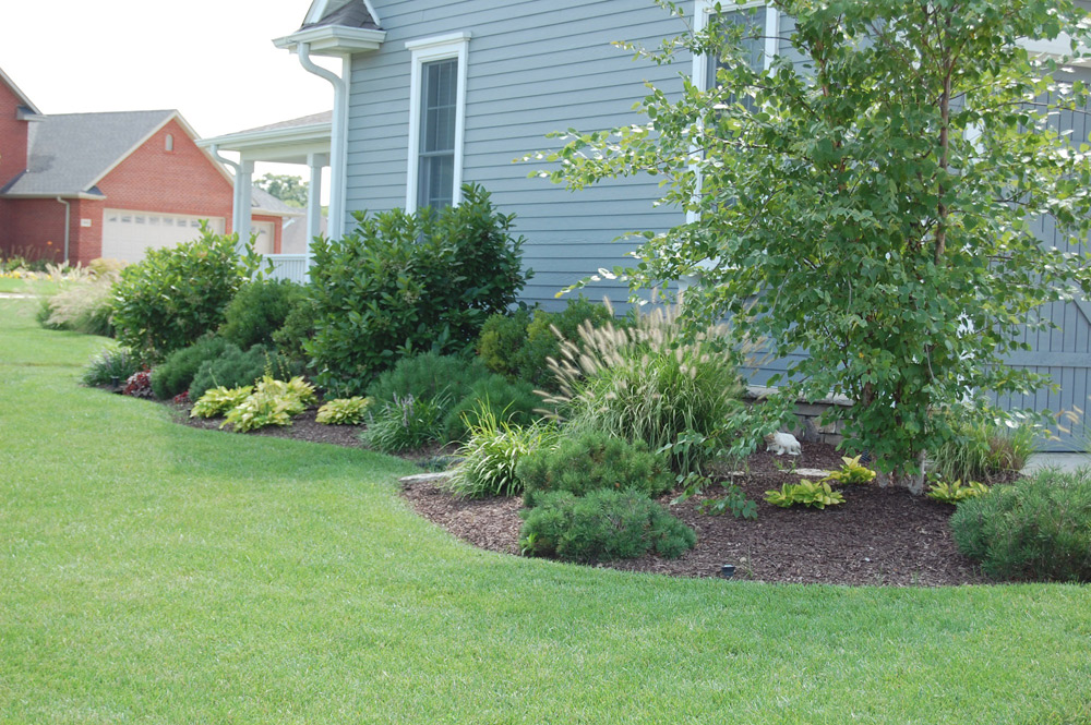 residential-landscaping-columbia-mo.jpg