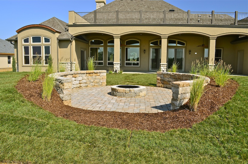 hardscape-patio-fire-pit.jpg