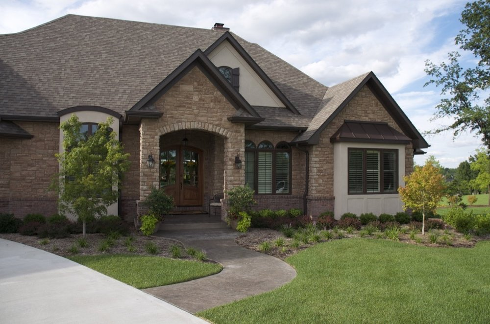 residential-landscaping-house-columbia-mo.jpg