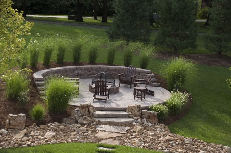 outdoor-patio-hardscape-fire-pit.jpg
