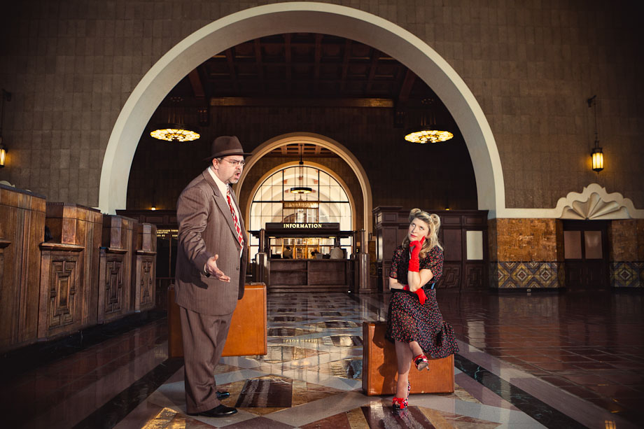 union-station-vintage-engagement-302