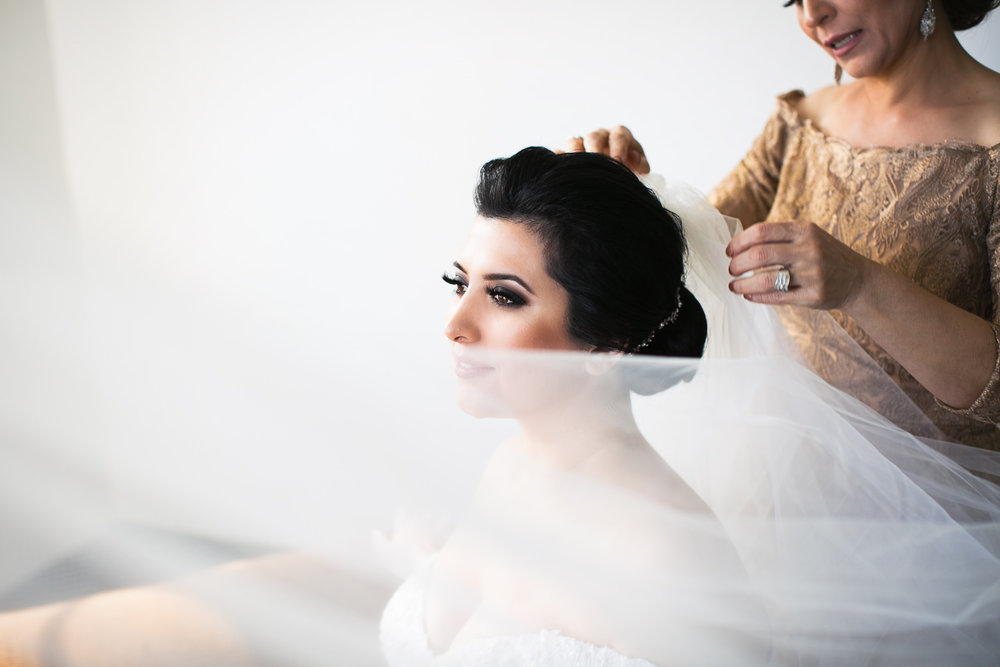 Vibiana Wedding Photographs of Persian Bride Getting Ready