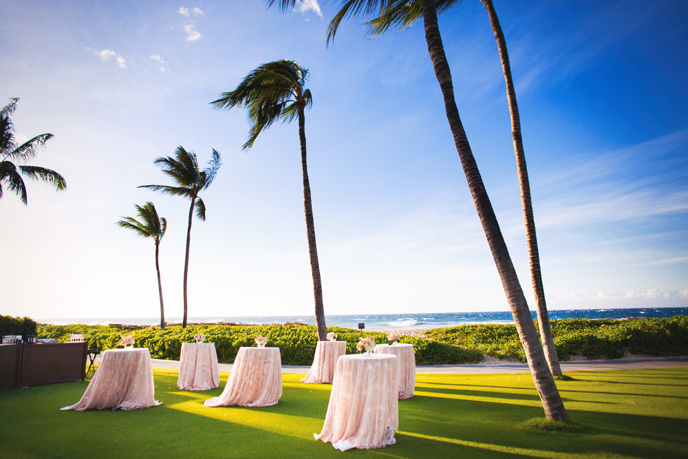 Cocktail Hour on the lawn by the beach at the Four Seasons Hualalai