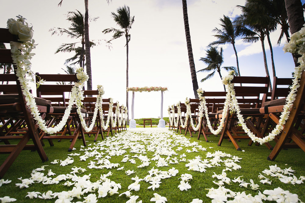 Beautiful Ceremony at Asian Wedding at Four Seasons Hualalai in Kona