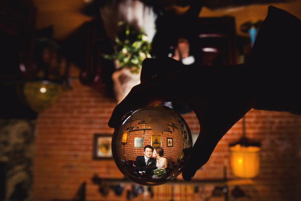 Creative Carondelet House wedding photo in downtown Los Angeles