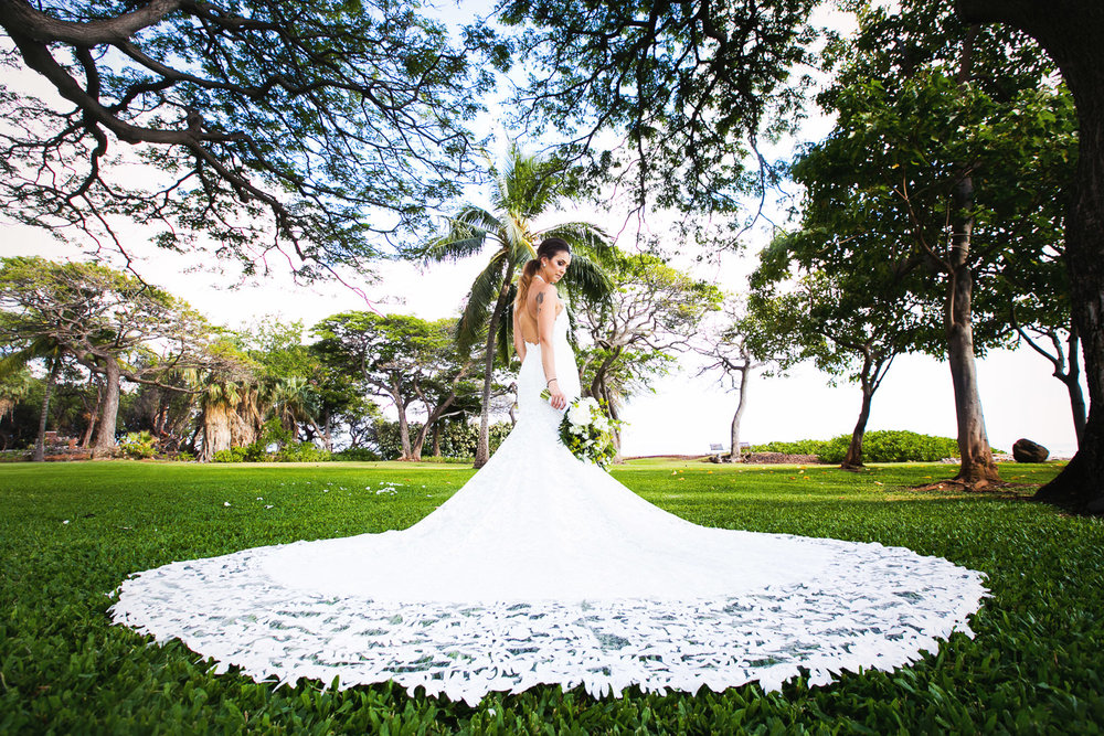 Olowalu Plantation House wedding - Bride in beautiful white dress