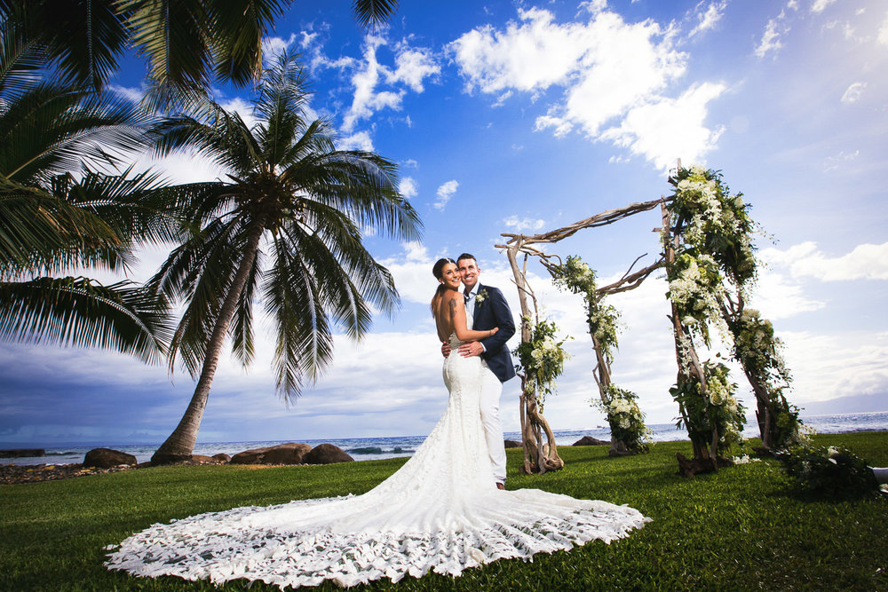 Olowalu Plantation House Wedding - Gorgeous Couple