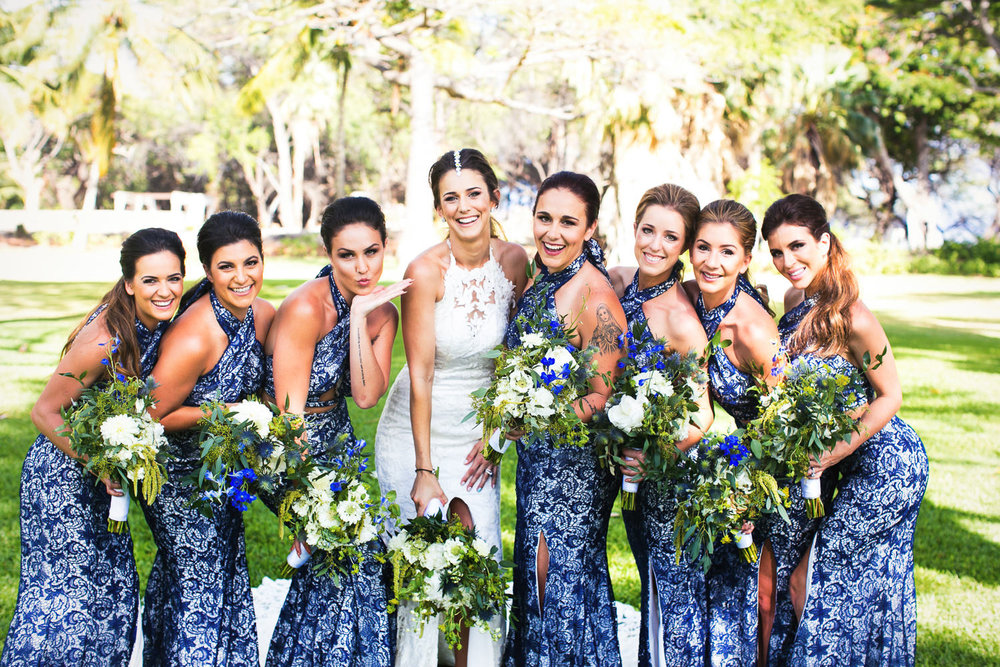 Olowalu Plantation House wedding - bridal party having fun