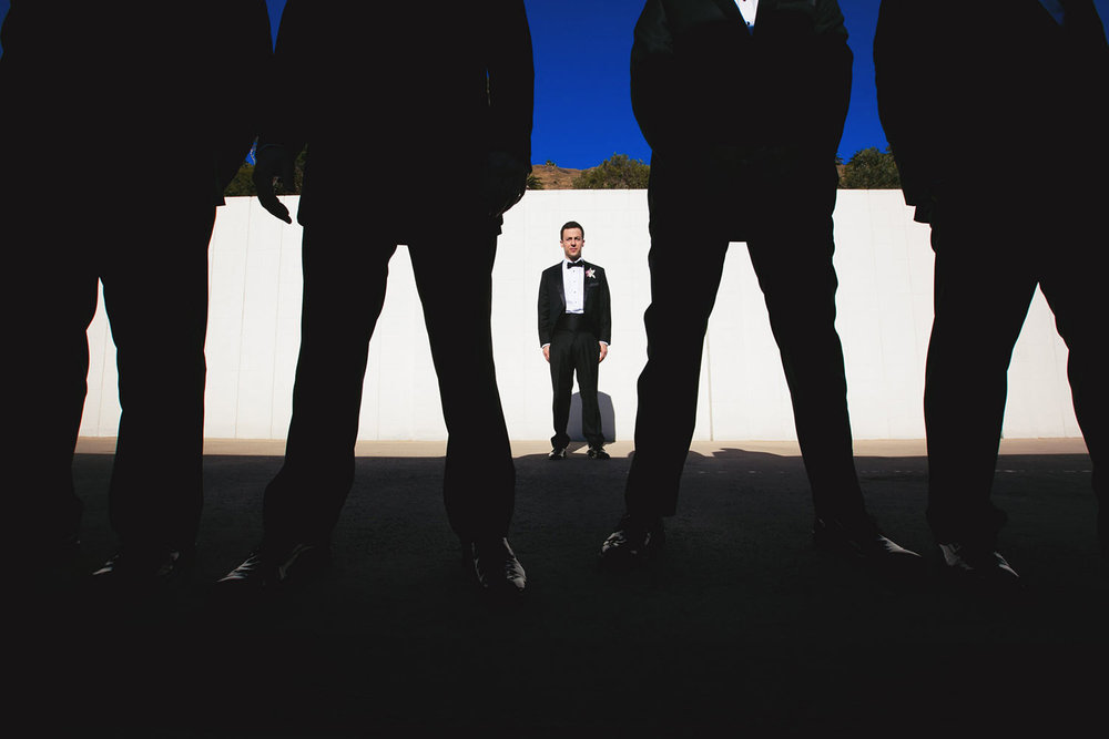 Very creative groomsmen photo idea