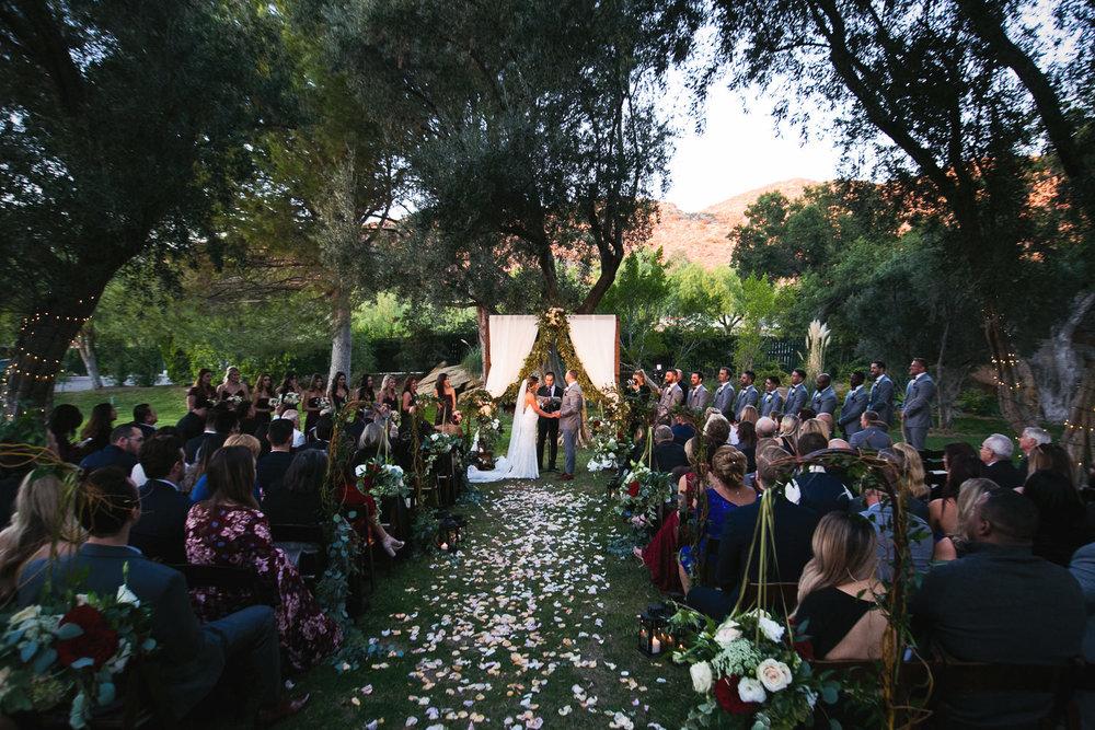 wedding ceremony at Hummingbird Nest wedding by Callaway Gable
