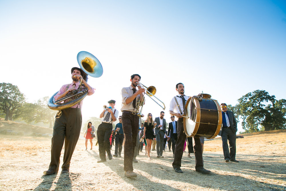 Los Olivos Wedding - Band for the natural wedding guests