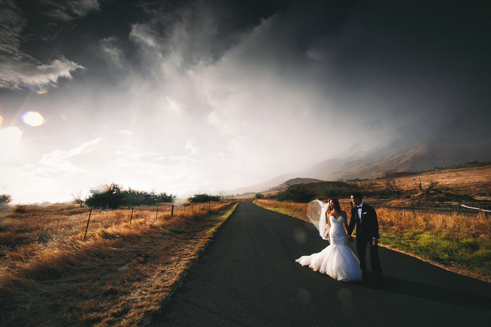 Hyatt Regency Maui Wedding - Gorgeous shot of bride and groom with amazing scenery