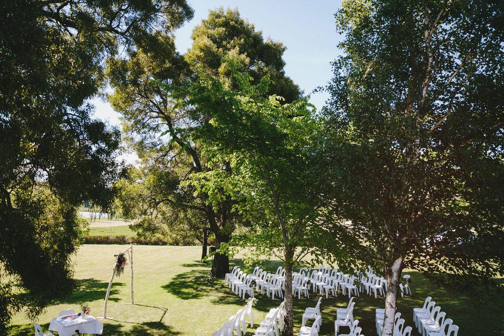 036-Daylesford_Wedding_Lewis_Diana.jpg