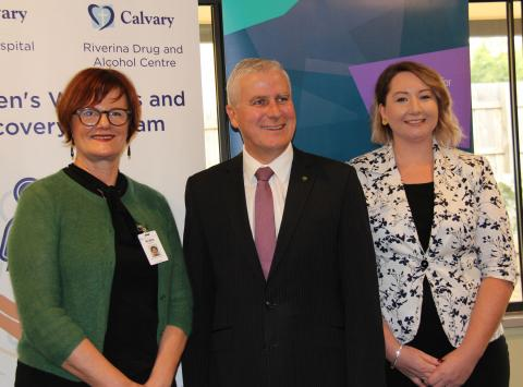 Deputy Prime Minister and Member for Riverina Michael McCormack with Robin Haberecht, Calvary Riverina Private Hospital CEO, and Melissa Neal, Murrumbidgee PHN CEO.