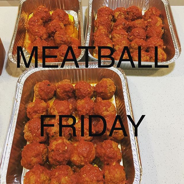 Easy dinner #meatballs #notimetocook #busymums #dinnertime #easydinner #dinnerplans #dinnerideas #meatballs