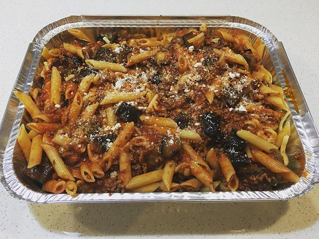 Our pasta with roasted eggplant baked in the oven .... cheesy gooey yummy 😋 #dinnerideas #cheesy #comfortfood #yummy