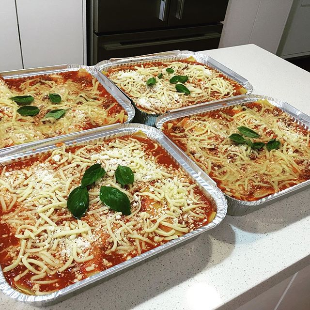 Happy international pasta day #entertaining #friends #easyfoods #pasta #lasagne