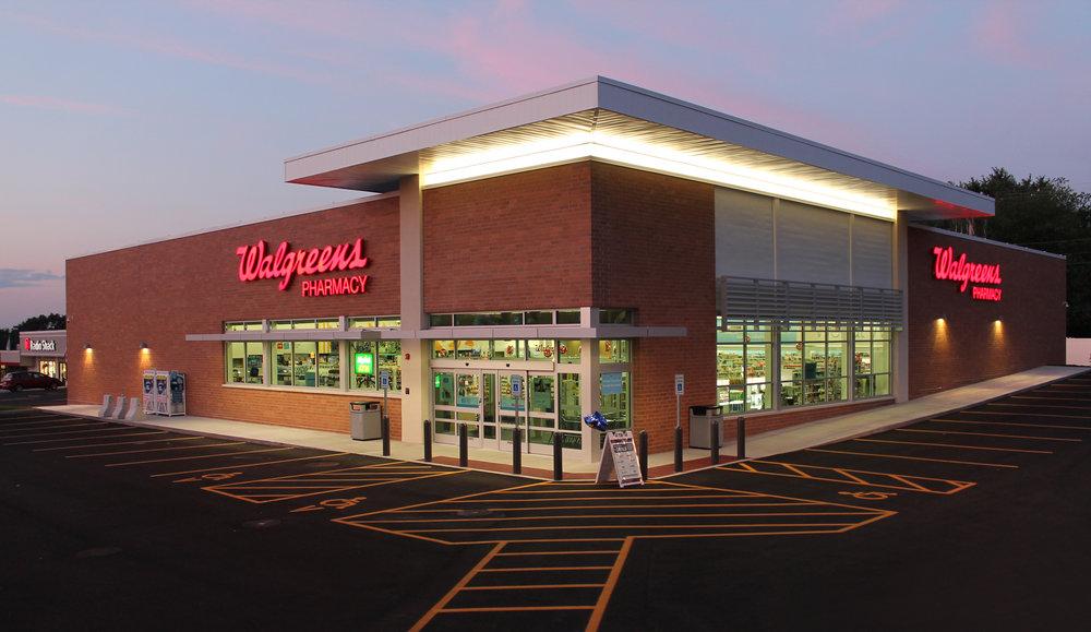 Walgreens_Plaistow NH_Night View 1.JPG