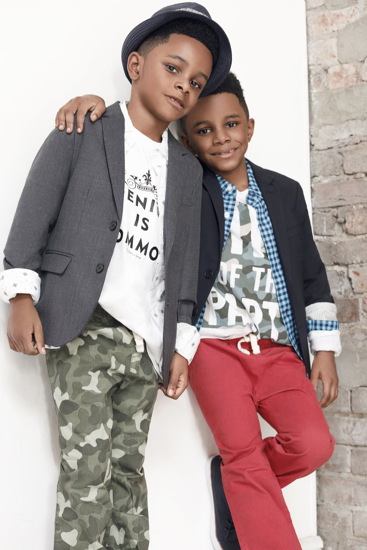 Its a twin thing - kid Fash magazine