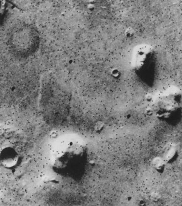 Face on Mars.jpg