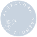 Floral badge-09.png