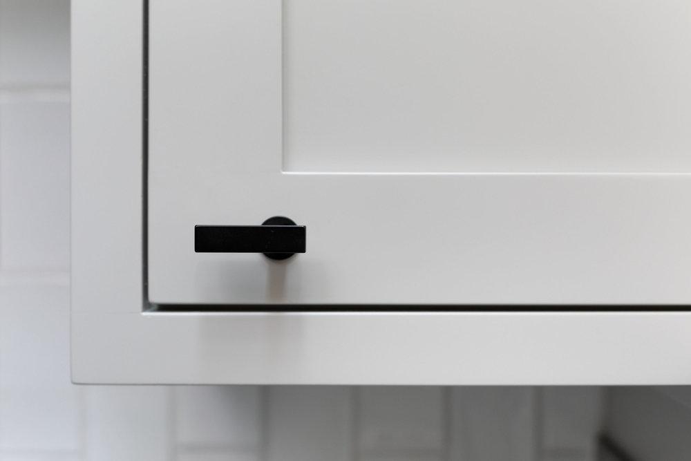3361 Cabinet Detail 3.jpg