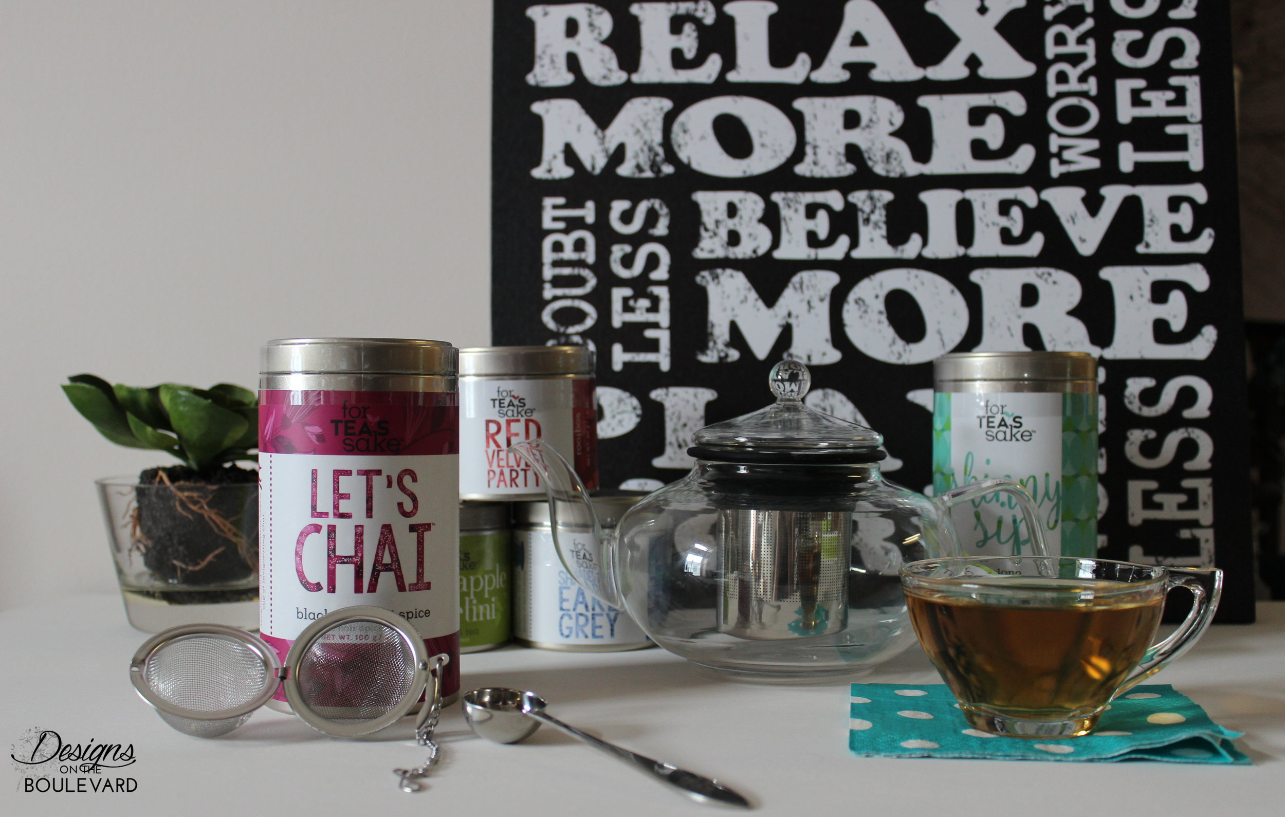 Large selection of teas, accessories, and mugs!