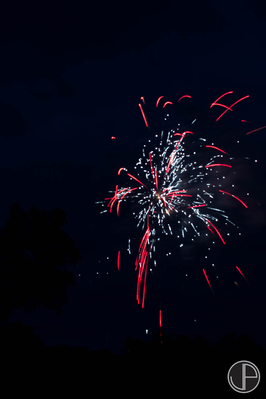 7-3-16 Fireworks-2.jpg
