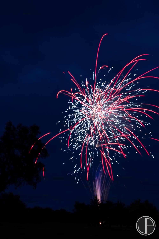 7-3-16 Fireworks-1.jpg