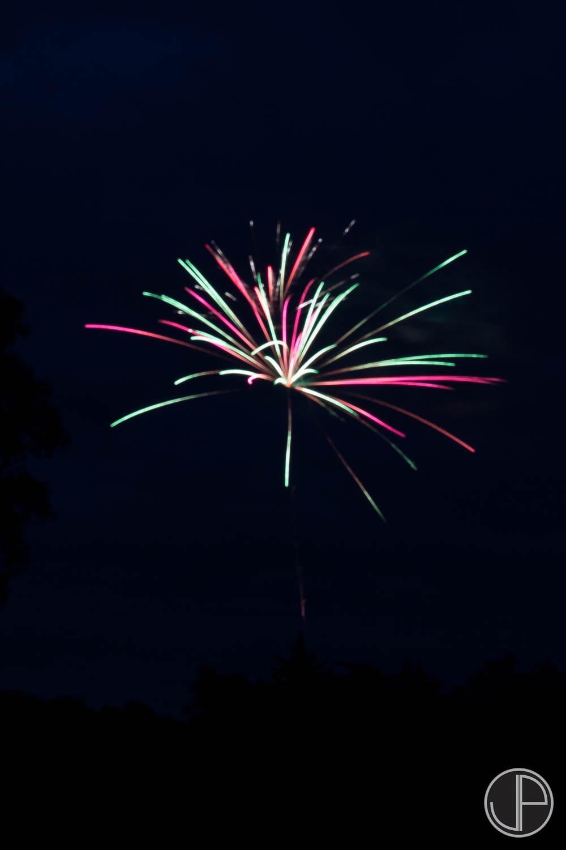 7-3-16 Fireworks-4.jpg