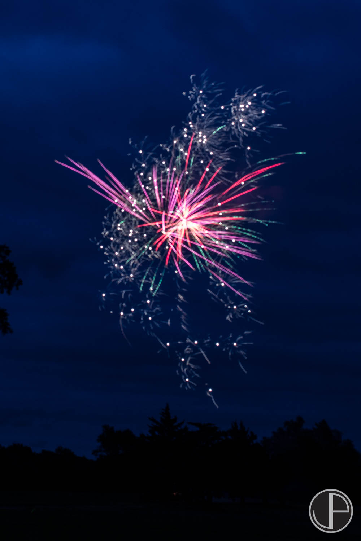 7-3-16 Fireworks-7.jpg