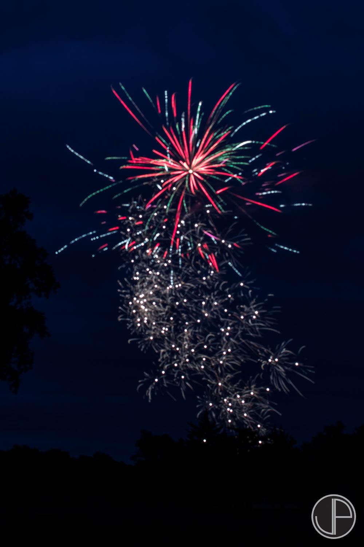 7-3-16 Fireworks-9.jpg