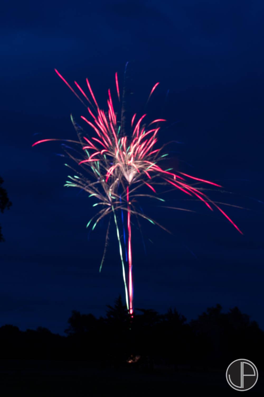 7-3-16 Fireworks-10.jpg