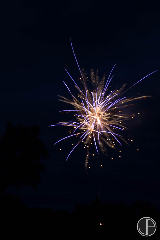 7-3-16 Fireworks-14.jpg