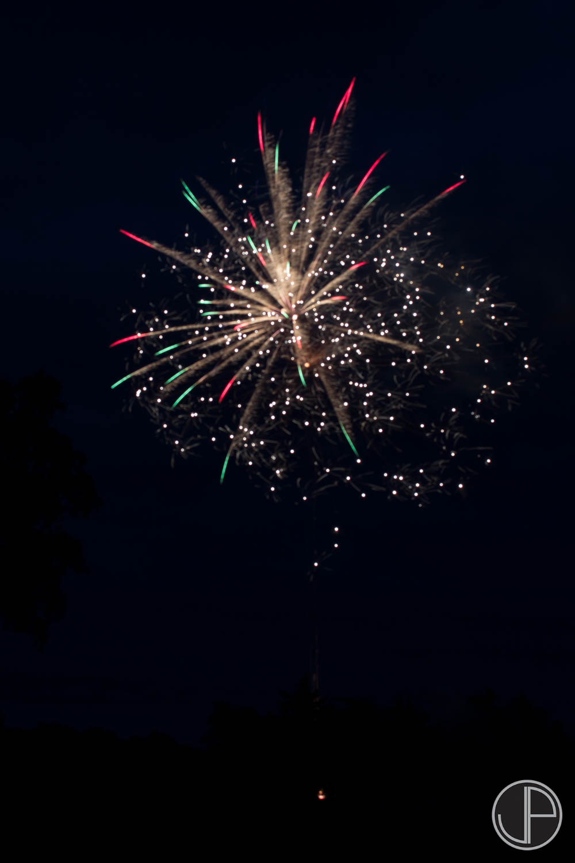 7-3-16 Fireworks-15.jpg