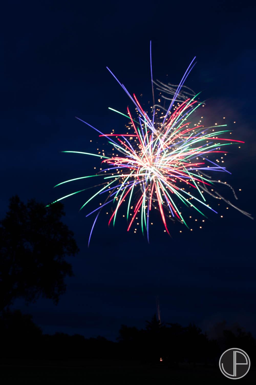 7-3-16 Fireworks-16.jpg