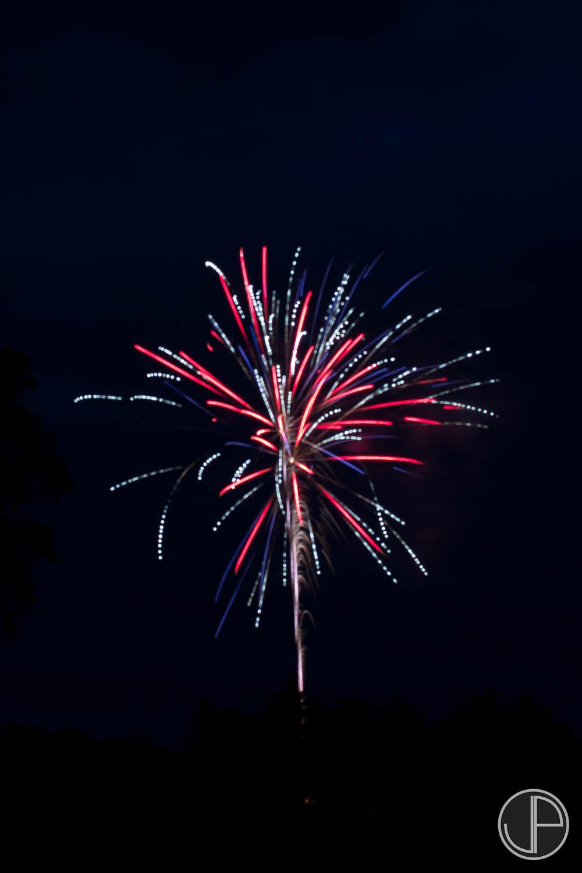 7-3-16 Fireworks-19.jpg