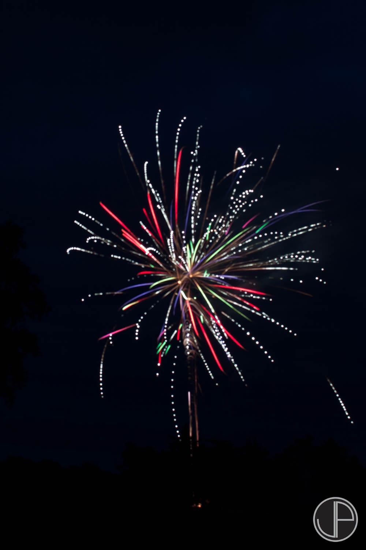 7-3-16 Fireworks-21.jpg