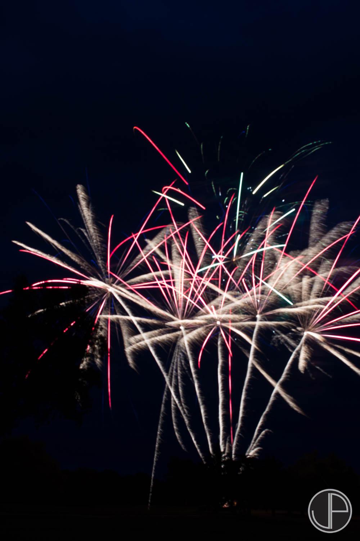 7-3-16 Fireworks-31.jpg